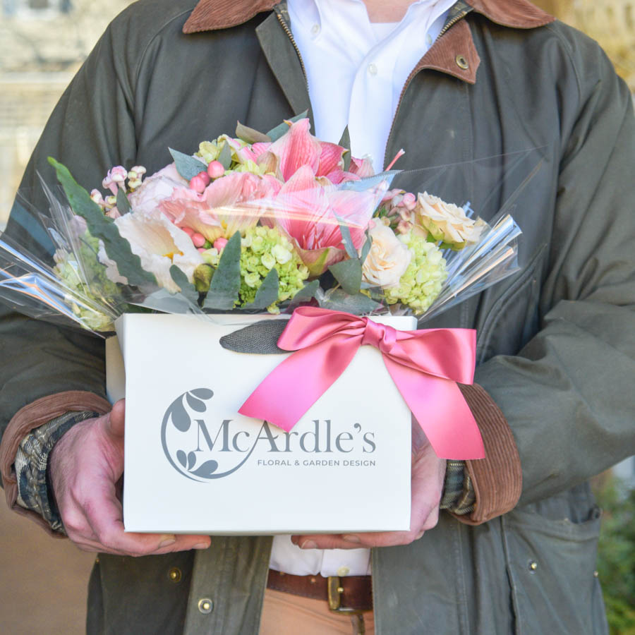 floral arrangement gift delivery in greenwich