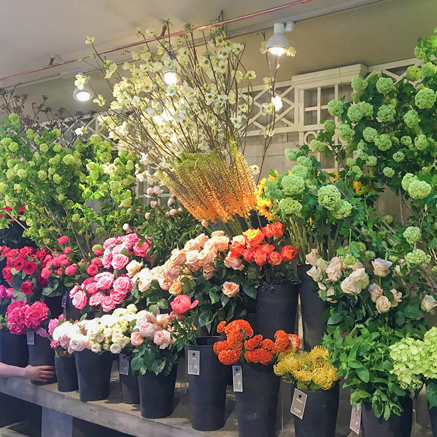 flower bar floral selection in greenwich